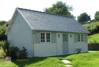 Grandcasa-Blokhut-Cottage-Montserrat-1